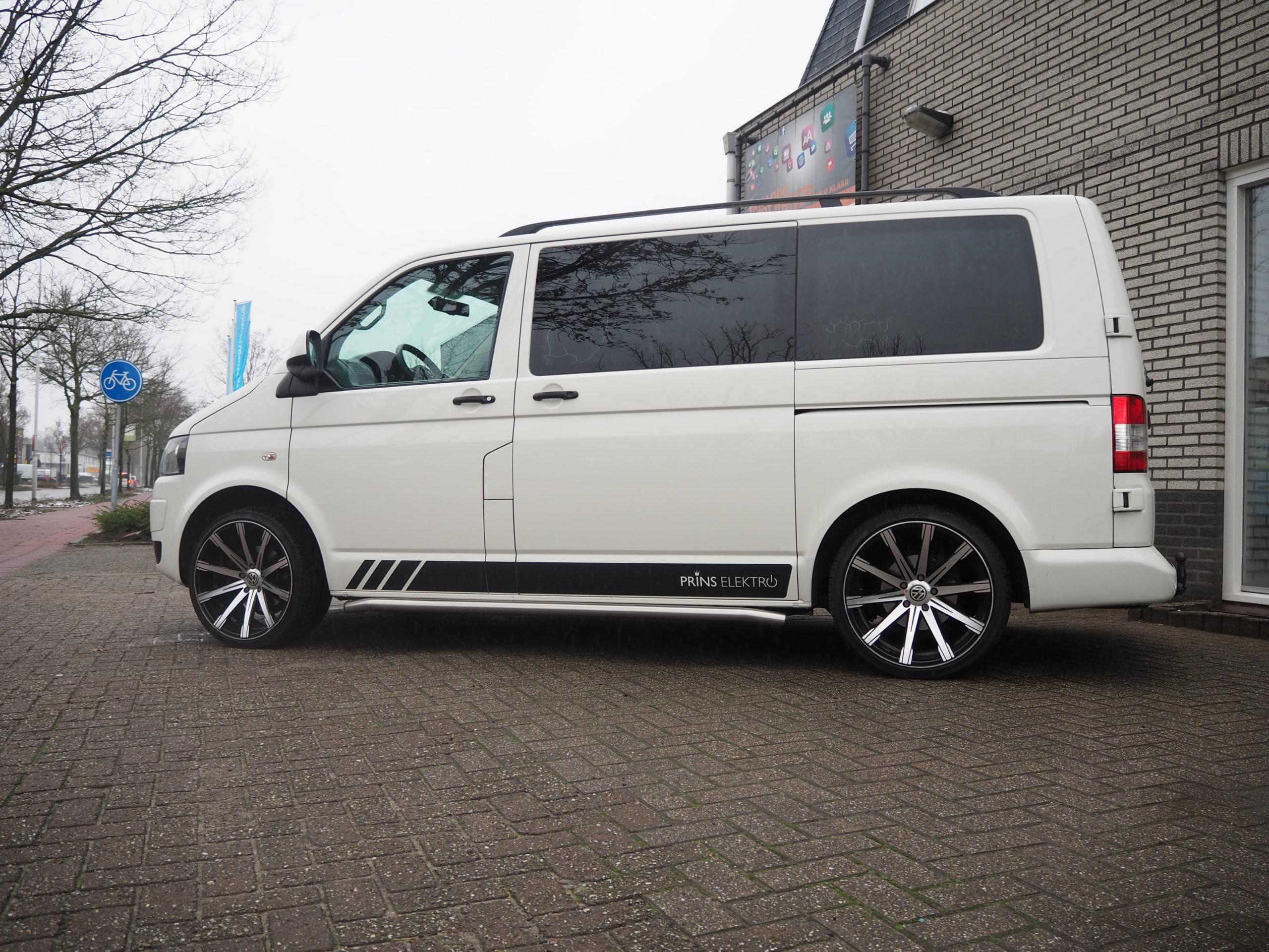 Autobestickering-Eindhoven-Prins-Elektro-Volkswagen-Transporter