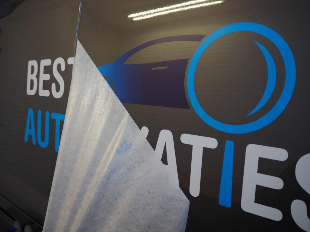 Best Auto Taxaties Autobelettering Eindhoven