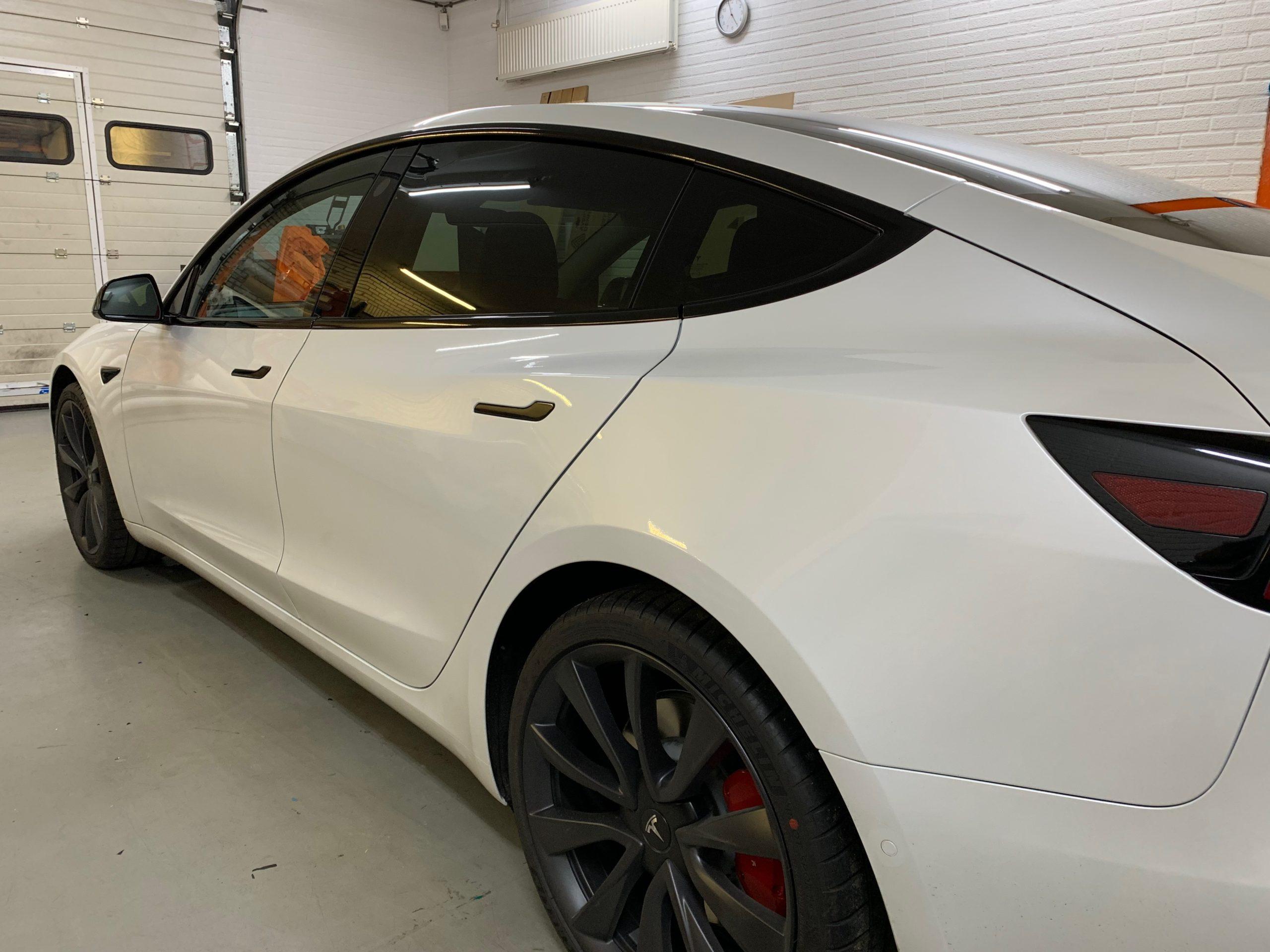 Tesla Raamlijsten Ontchromen