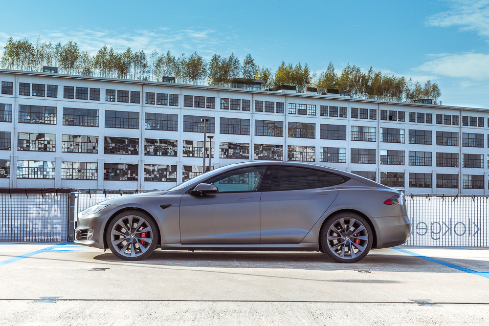Tesla Carwrap Satin Grey 1